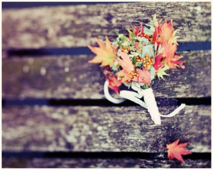 fall wedding leaf decor 14