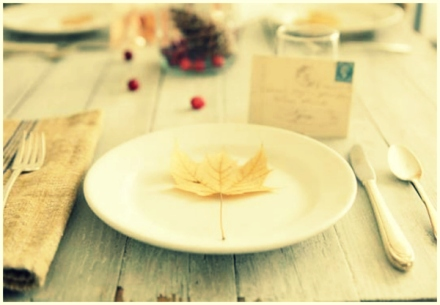 fall wedding leaf decor 15