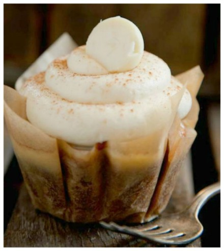 pumpkin cupcake with white chocolate frost